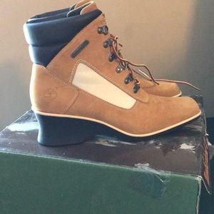 Timberland Wedge Boot size 9